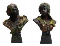 Coppia di busti in terracotta